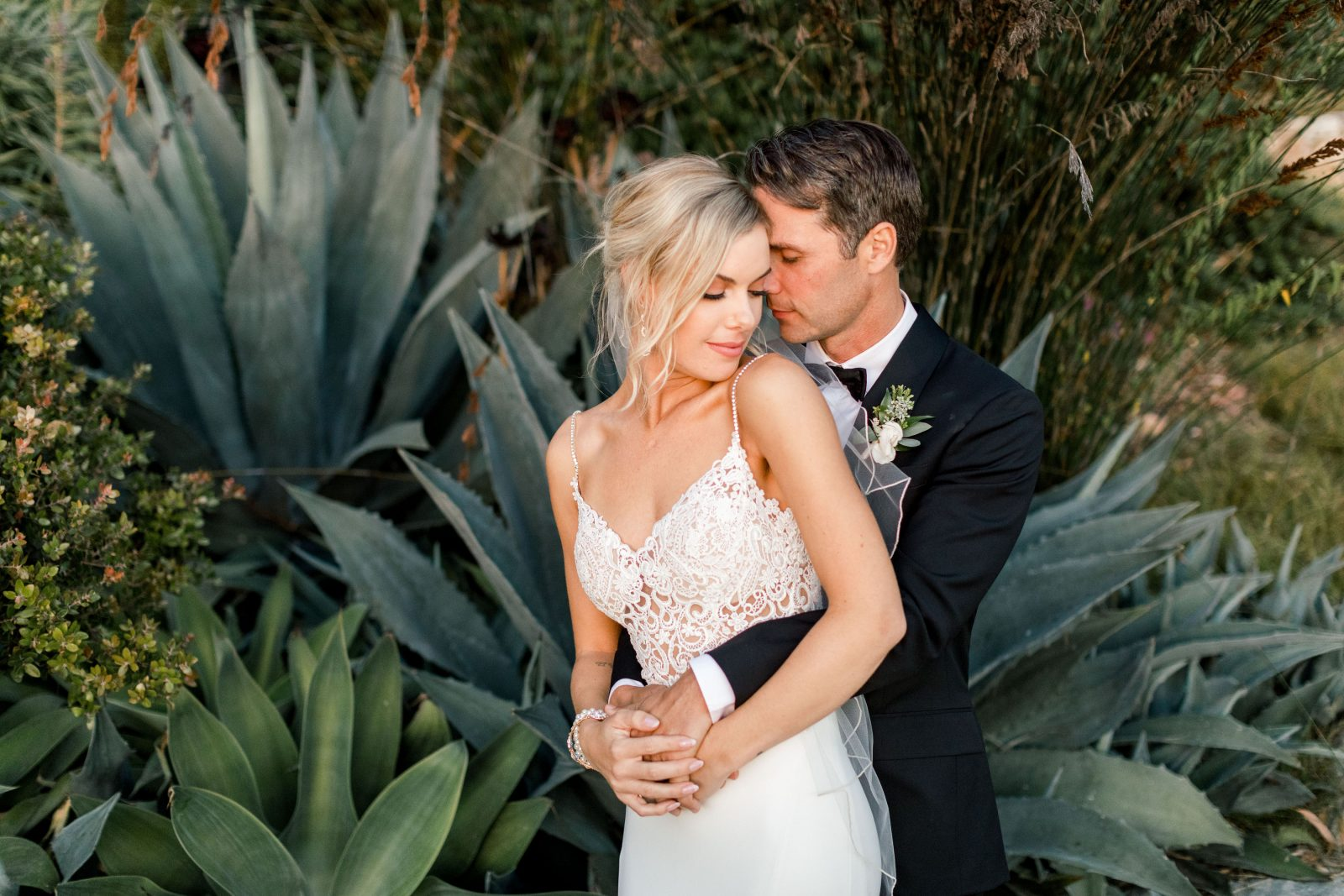 18-10-Brittany-Anthony-Big-Sur-Elopement-Wedding-Photographer-Zeeqk-Barkis-419 (1)